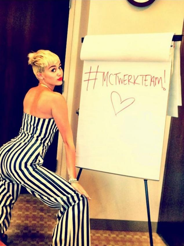 Bitches Be Like Twerk Those that engage in it are